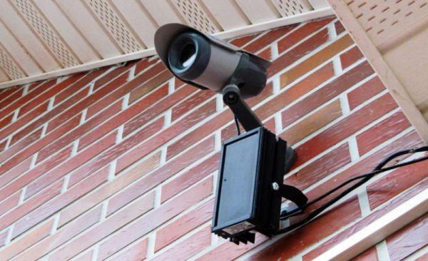 kamera-dlya-bezopasnosti