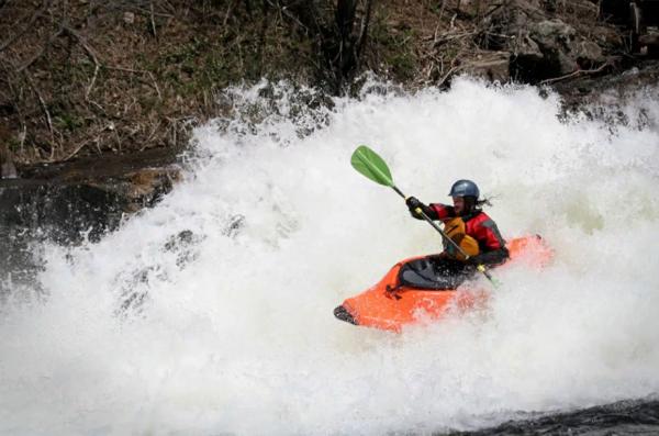 sport-kayaking