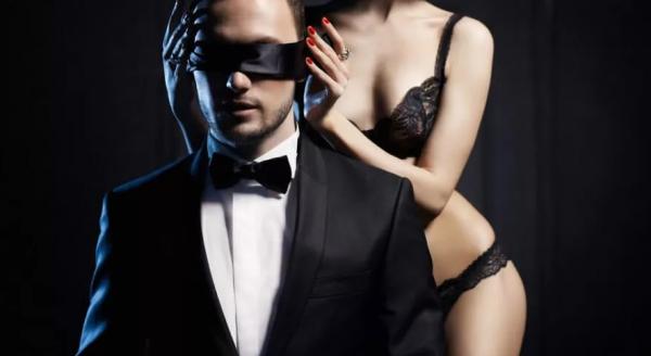 eroticheskaya-odezhda